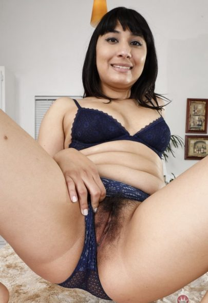 Chubby Housewife Revealing Hairy Pussy