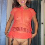 Mature Asian MILF Ngoc Asian Red Top no Panties